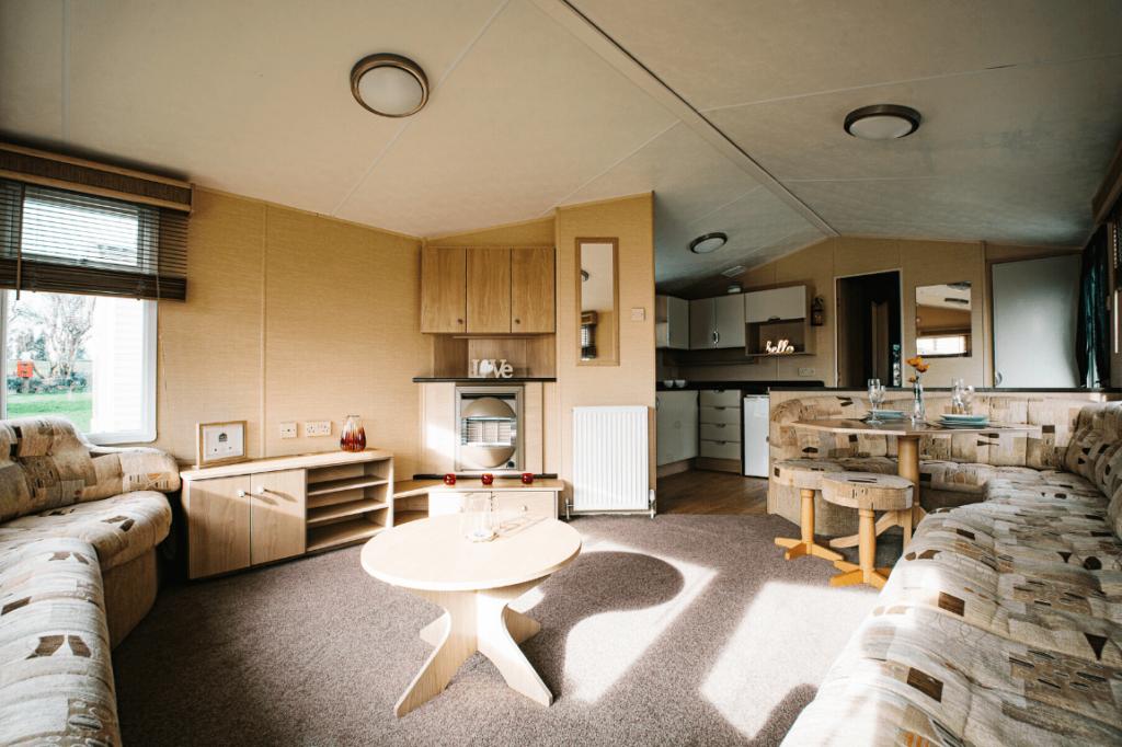 Preowned 2011 Willerby Westmorland 35ft x 12ft - 2 Bedroom Static Caravan Holiday Home - Bryn Defaid Lodge & Caravan Park, Llanddulas Nr Abergele, North Wales - Lounge