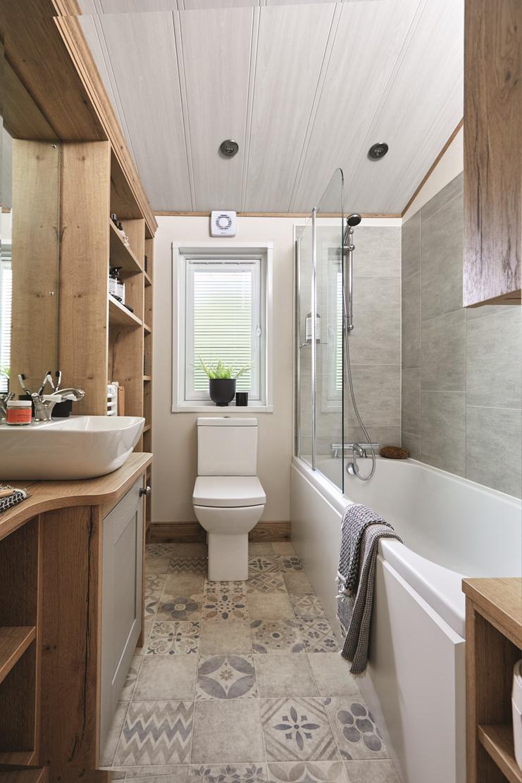 New 2021 ABI Harrogate Lodge 41ft x 20ft - 2 - family bathroom